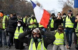 Recently Read the yellow vests 263x168