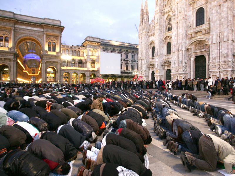 How The Left Lives On Islamic prayers duomo White Nationalism nationalism  us canada politics government other europe