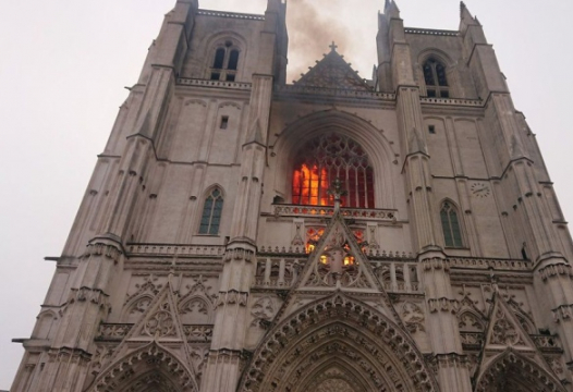 Nantes Cathedral Fire Should Send Smoke Signals To Nationalists: No Negotiation 1